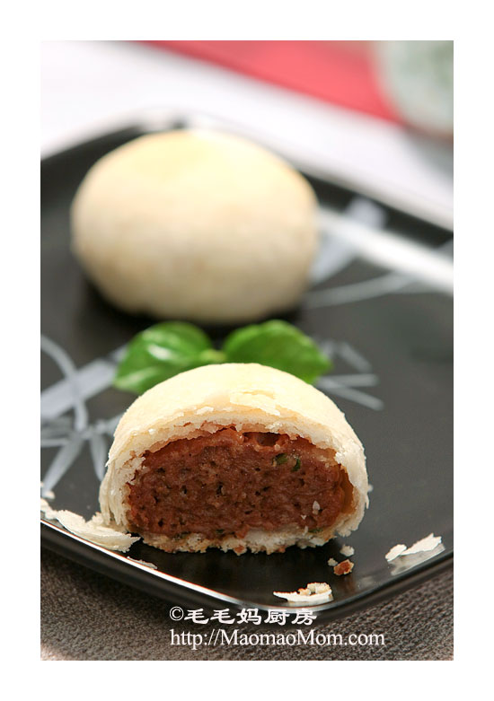 酥皮鲜肉月饼3 榨菜鲜肉月饼 SuZhou style mooncake with meat filling