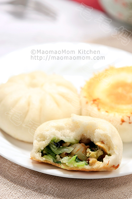 青菜虾仁香菇豆腐煎包Pan Fried shrimp and Vegetable Buns