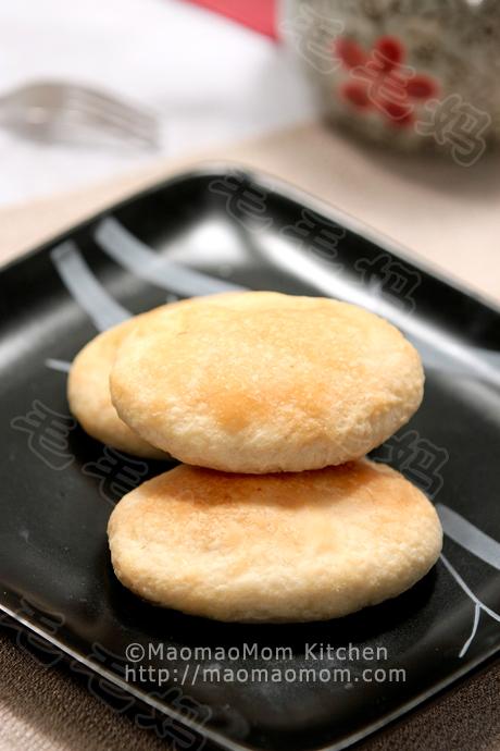椒盐牛舌饼Cow tongue shaped puff pastry cakes